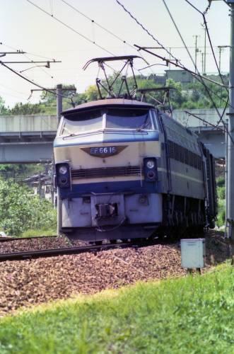 EF66形電気機関車