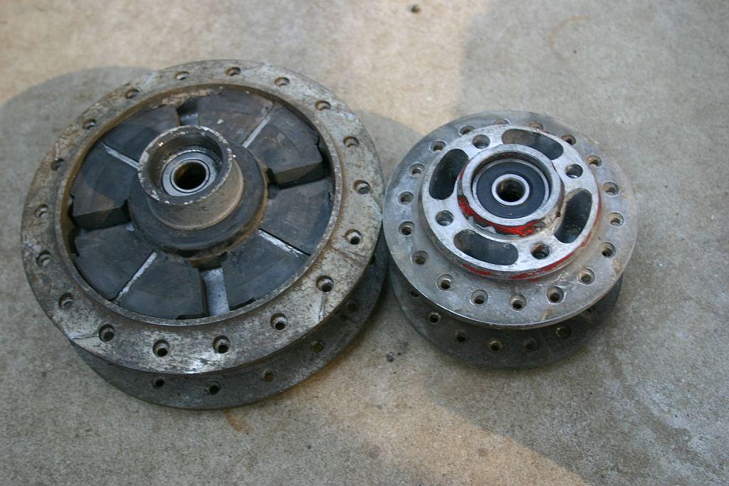 GT125 ホイール分解