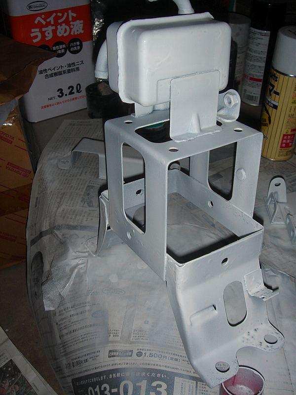CB750バッテリーボックス塗装(k4)