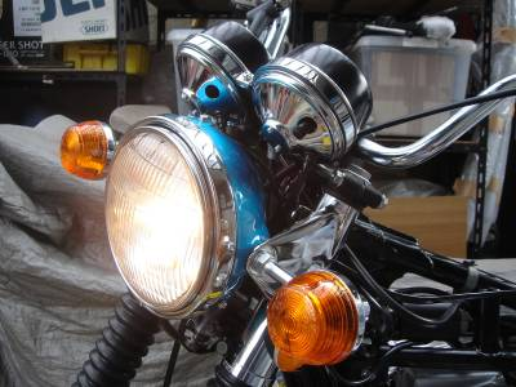 CB750 ヘッドライト点灯