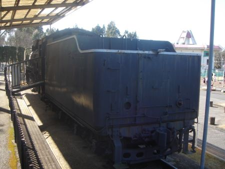 D51形機関車 (D51 405)