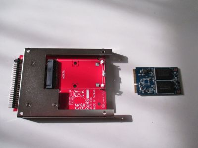 mSATA SSDとIDE変換アダプタ