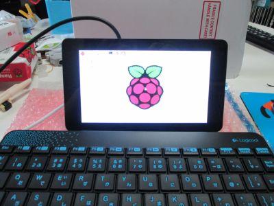 Raspberry Pi 7インチ公式LCDタッチスクリーン