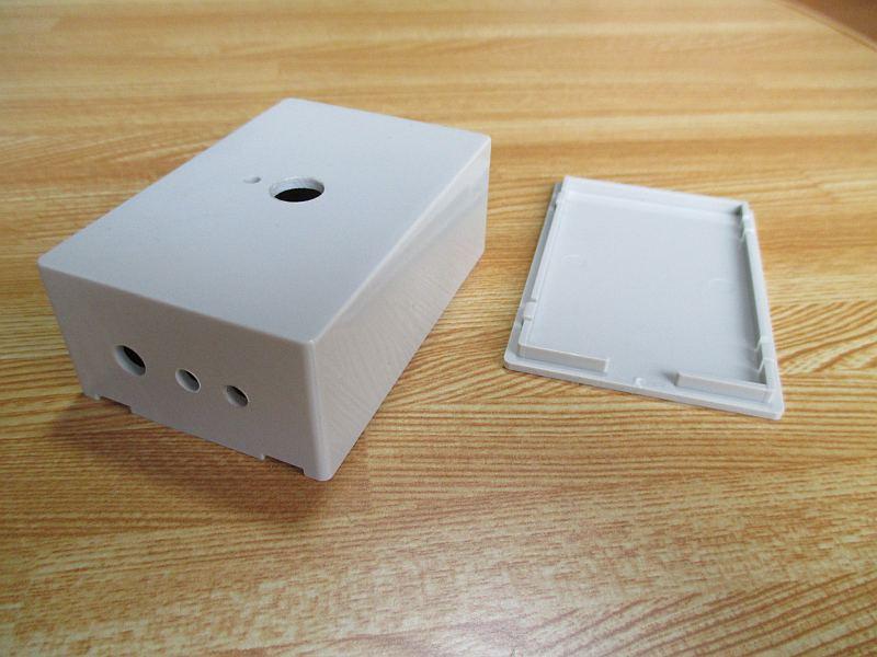ミニプラグ切替器:ケース加工