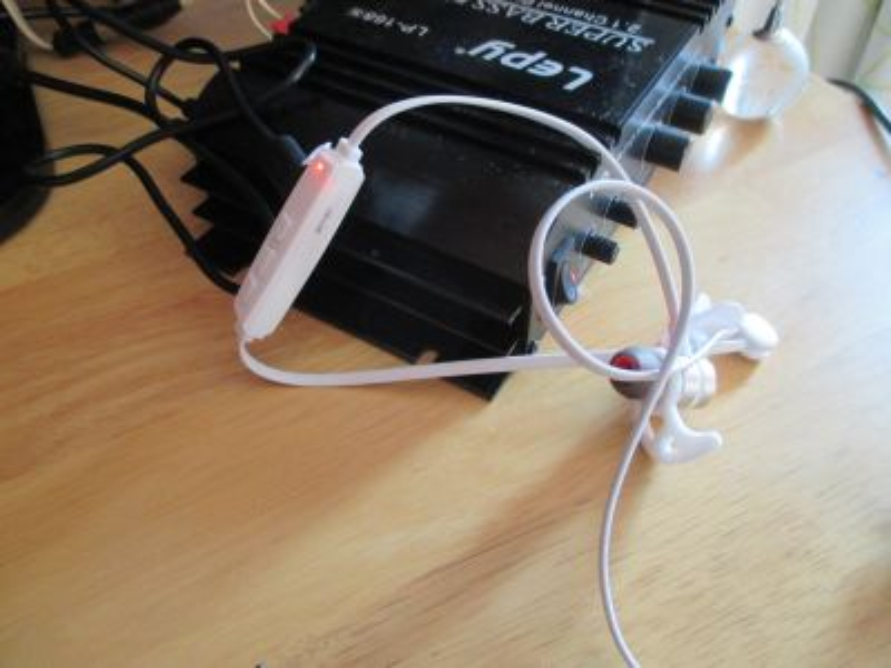 アンプUSB端子で充電