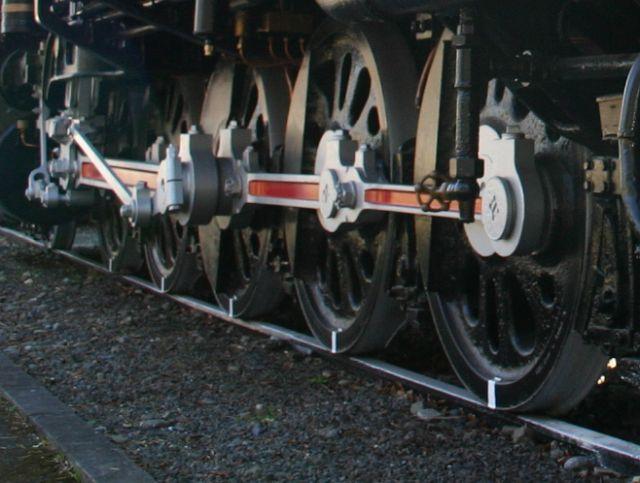 E10形機関車動輪