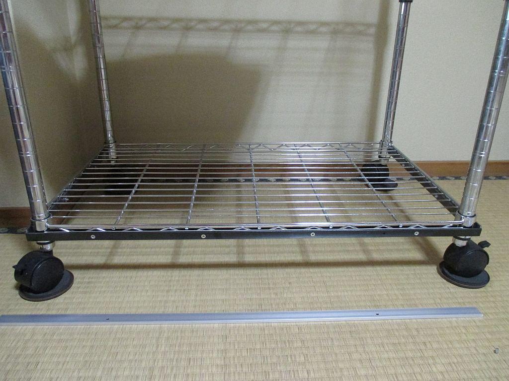 模型飾り棚の工作・アクリル板固定板
