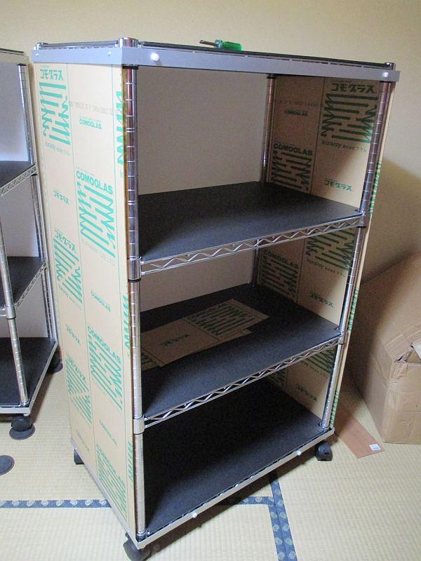模型飾り棚の工作・側面のアクリル板
