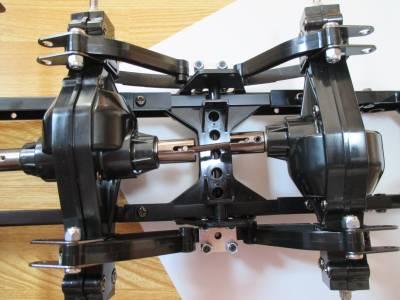 スカニア R620 リヤアクスルをプロペラシャフトで連結
