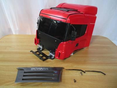 スカニア R620 ダッシュボードの取り付け関連のパーツ