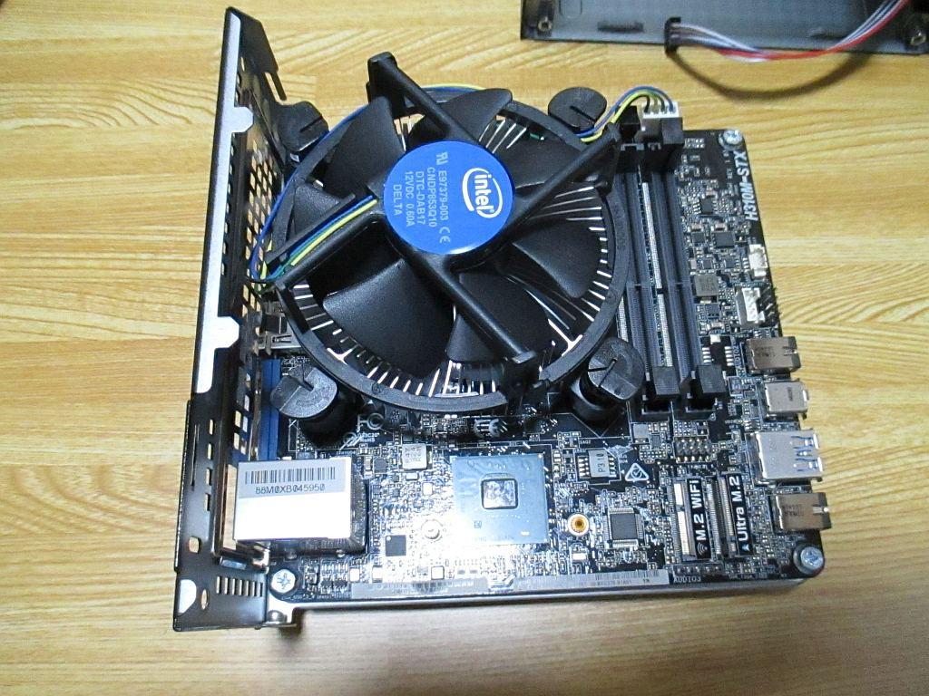 CPUクーラーをセット
