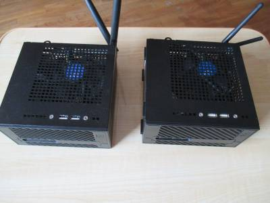 DeskMini 310とDeskMini 110