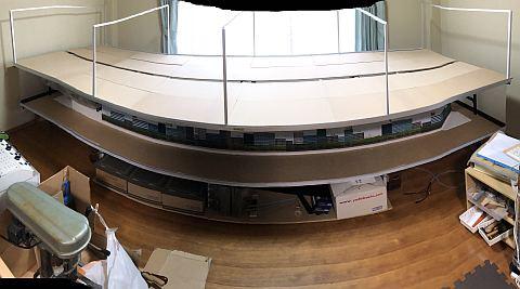 天板を敷き詰めたレイアウトの台枠