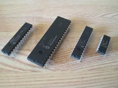 制御盤、残る機能の使用するPICマイコン