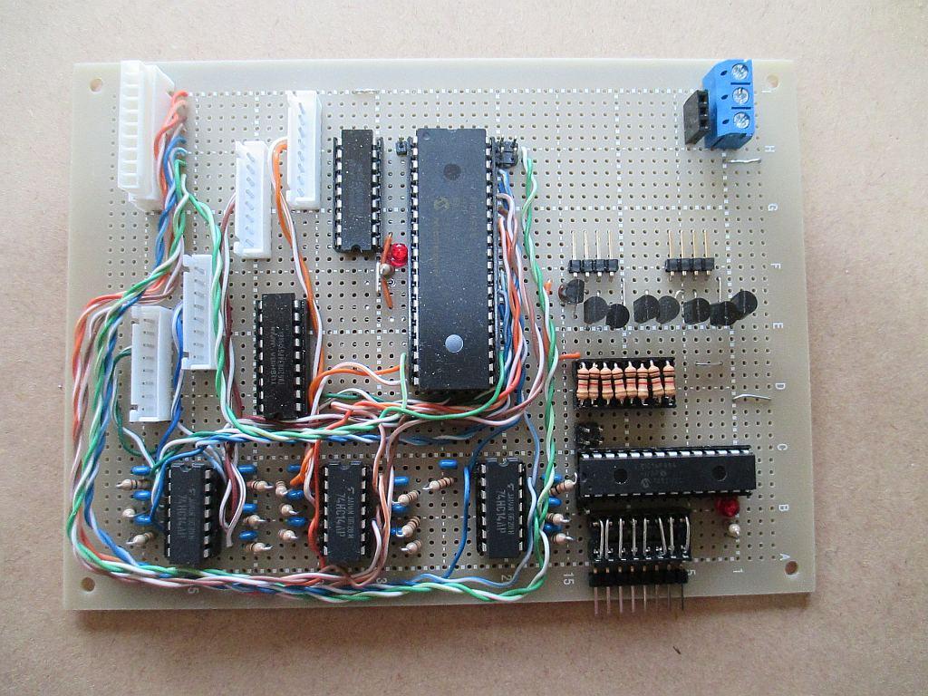 ポイントマシン用ステッピングモーターの制御基板(メイン台枠右側用)
