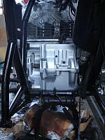 掃除&塗装後のエンジン後部