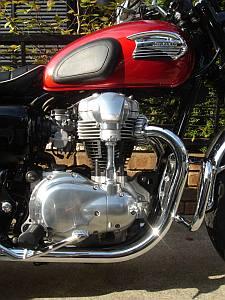 W400 バーチカルツインエンジン