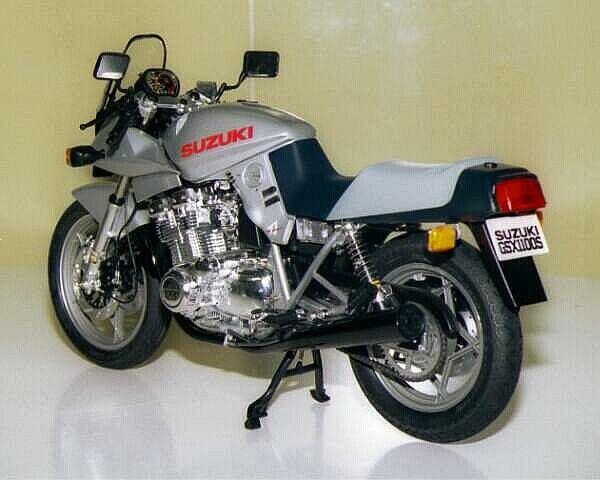 タミヤ 1/6 ビッグスケールシリーズ スズキ GSX1100S