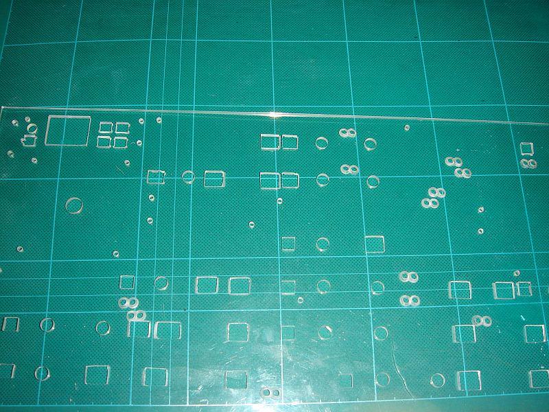 パネルベースのアクリル板