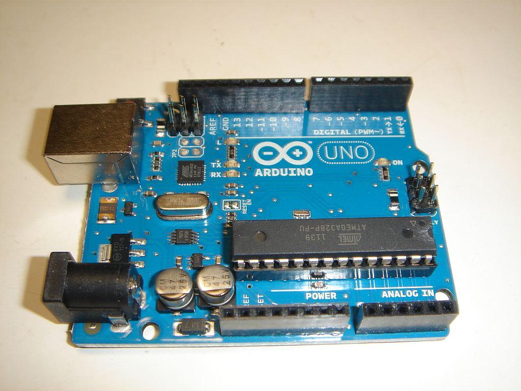 Arduino Uno(アルドゥイーノウノ)